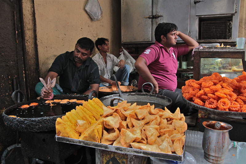 indian food, pakoras, indian pakoras