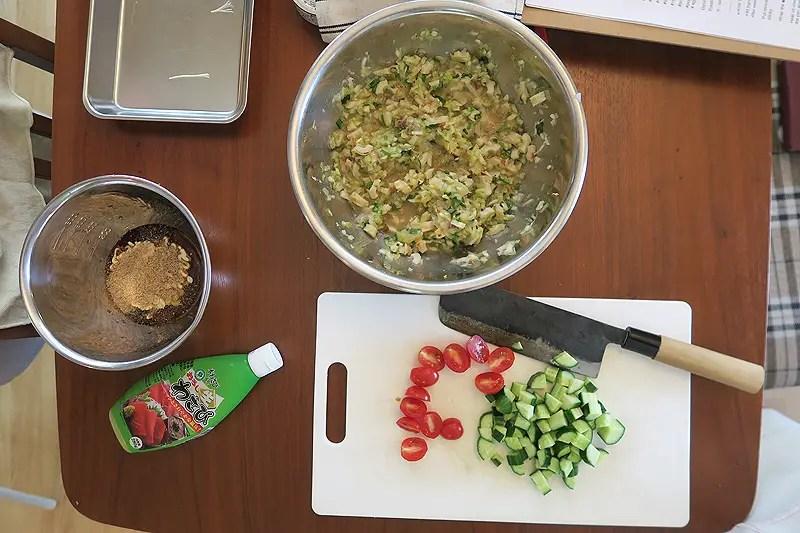 making gyoza