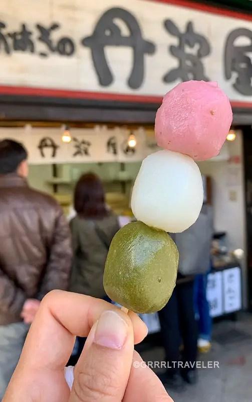 sakura dango, top 10 sakura sweets, top 10 sakura snacks, 10 must try sakura snacks