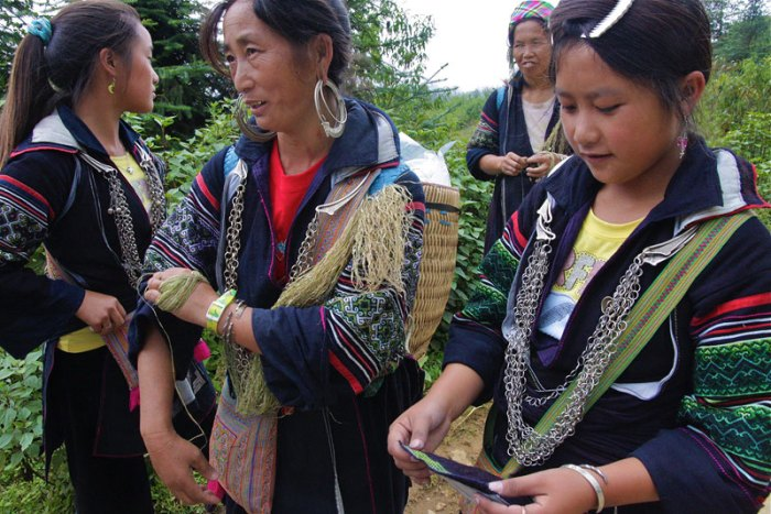 Booking a trekking group tour in Sapa