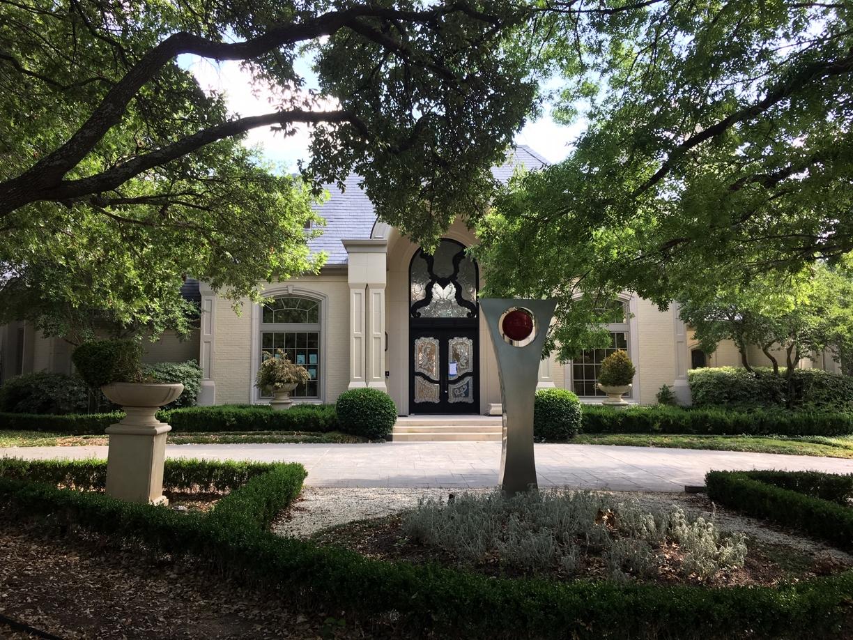Large Corner Mansion Final Post Construction Cleaning in Dallas TX 00032 Large Corner Mansion Final Post Construction Cleaning in Dallas, TX