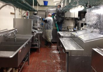 Fast Food Restaurant Kitchen Heavy Duty Deep Cleaning Service in Carrollton TX 11 493885e0cd8da53894c9104d43edfcc9 350x245 100 crop Fast Food Restaurant Kitchen Heavy Duty Deep Cleaning Service in Carrollton, TX