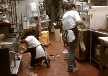 Restaurant 003 96c0726e1913778a357258cf638ca560 350x245 100 crop Restaurant & Kitchen Cleanup