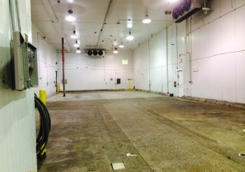 Tomato Producer Warehouse Move Out Deep Cleaning Service in Dallas. TX 25 a31d28e387f61ad252c4a5736224ca3c 350x245 100 crop Tomato Producer Warehouse Move Out Deep Cleaning Service in Dallas. TX