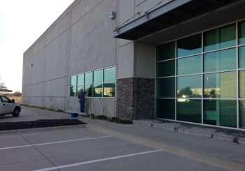 Warehouse Windows Cleaning in Frisco Tx 21 0ebf699db96559fe8a424b04e8b67434 350x245 100 crop Warehouse and Office Windows Cleaning in Frisco, TX