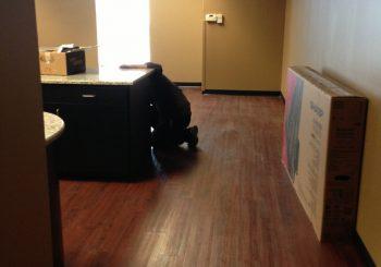 Waxing and Polishing Floors in Irving Texas 04 0133f2f513ca954e5e1c47bb83125f24 350x245 100 crop Waxing Floors in Irving, TX