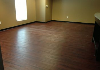 Waxing and Polishing Floors in Irving Texas 07 d6fdfefef7e22374f20d12c7373839a3 350x245 100 crop Waxing Floors in Irving, TX