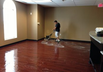 Waxing and Polishing Floors in Irving Texas 20 304e335ac7920972885c35007a8c6b55 350x245 100 crop Waxing Floors in Irving, TX