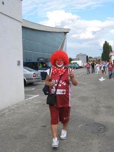 Litauischer Fan. Lachen ist gesund!