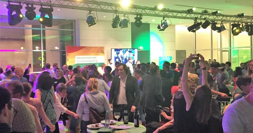 Bild: Bündnis 90/Die Grünen Braunschweig, Parlamentarischer Regenbogenabend Ehe für alle 30. Juni 2017
