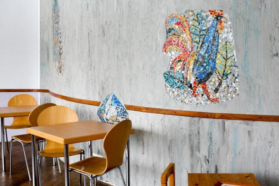Wandmosaik im Gruppenraum