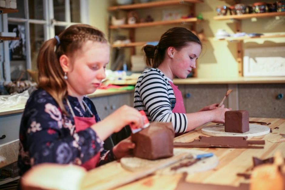 Kindergeburtstag bei der Keramikmeisterin Tanja Hoppe, Meinerzhagen. 2016 © Foto: Stefanie Schildchen