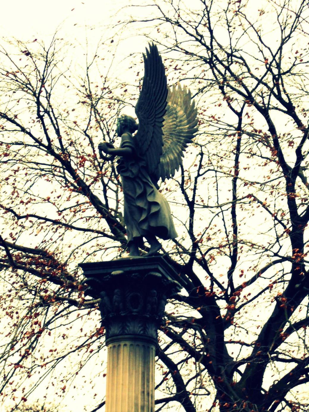 Engel cross