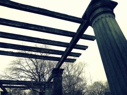 Säulen cross