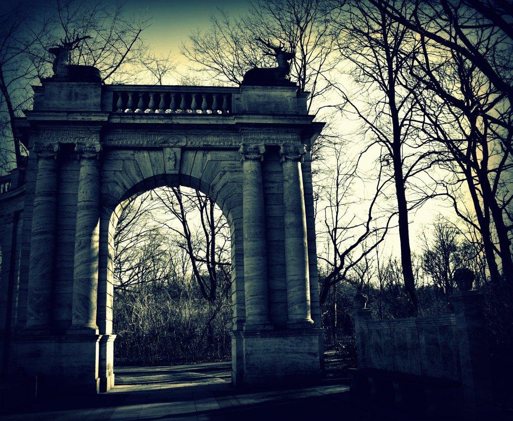 Märchenbrunnen Tor zum Park