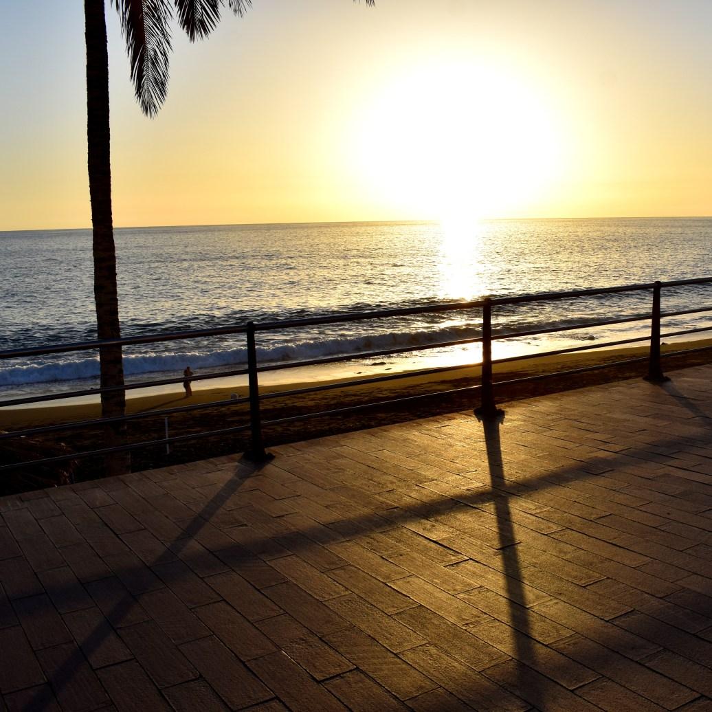 Abends auf der Strandpromenade
