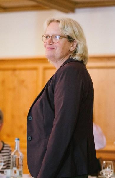 Dr. Katharina Kleine Vennekate auf der Wahlversammlung von Bündnis 90/Die Günen Lemgo