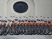 aufgereihte Fahrräder