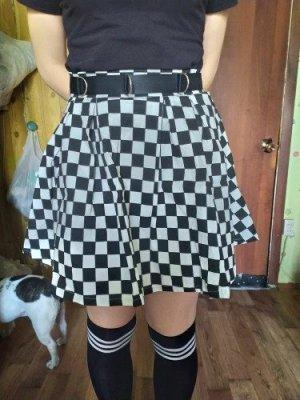 Jupe damier noir et blanc - Plissé photo review