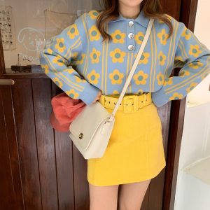 Pull vintage pour femme - Fleurs jaunes