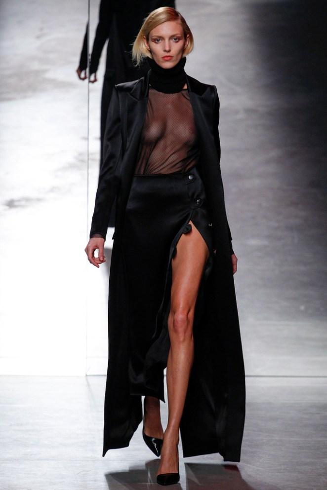 anthony-vaccarello-high-slit-skirt-grungecake-thumbnail