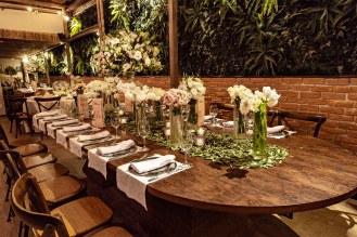 quata-mesa-banquete-rustica