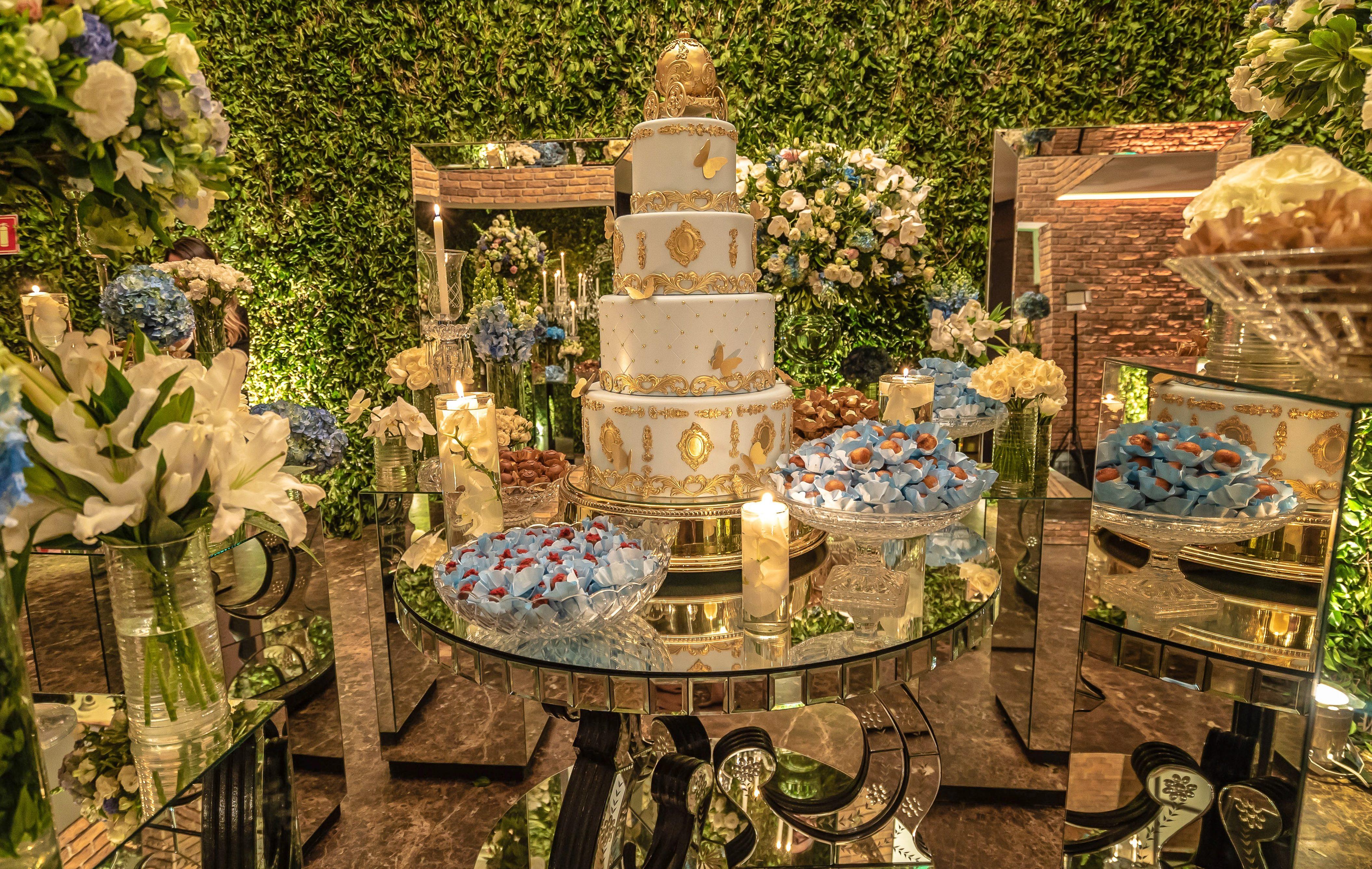 Mesa de doces para Debutantes: Inspire-se!