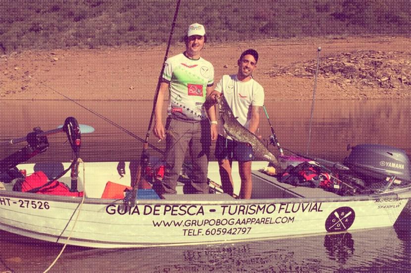 Fishing boats y turismo fluvial en el rio tajo