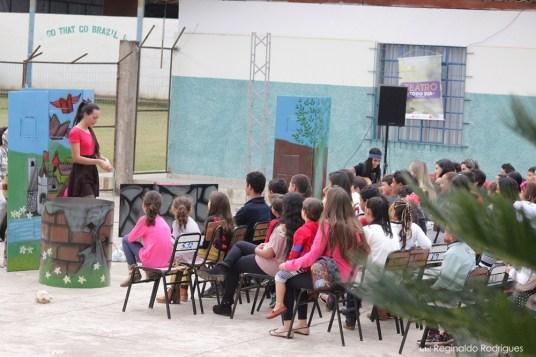 Espetáculo Noksturday - Grupo de Teatro Anim'Art- Apresentação em Água Boa - Foto Reginaldo Rodrigues