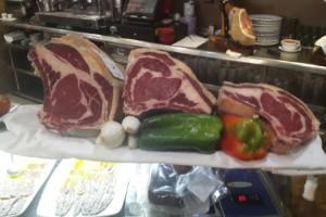 carnes frescas en restaurante la senia