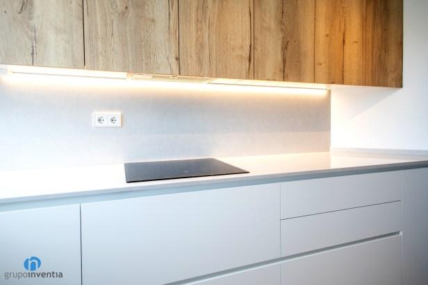 encimera blanca cocina