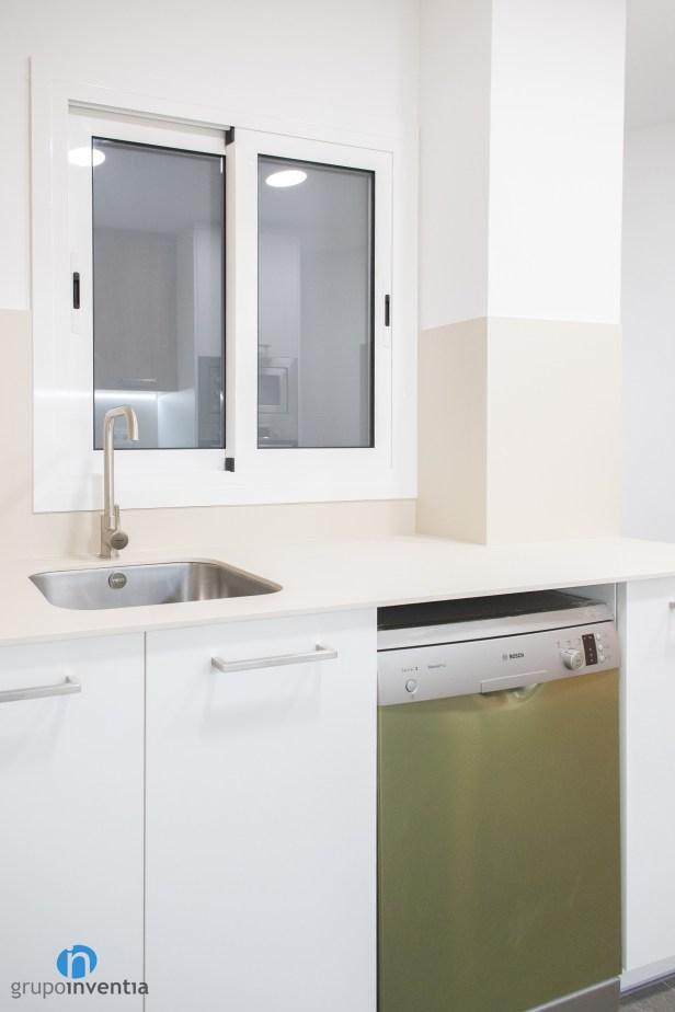 encimera color blanco cocina