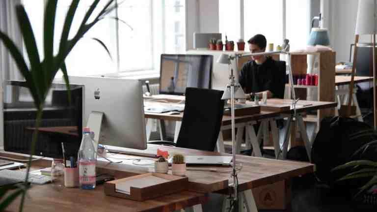 [Para proyectos a gran escala  ] Control de la actividad del personal. Detección de la ociosidad de los empleados.