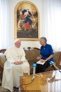 Aura Miguel com Papa Francisco