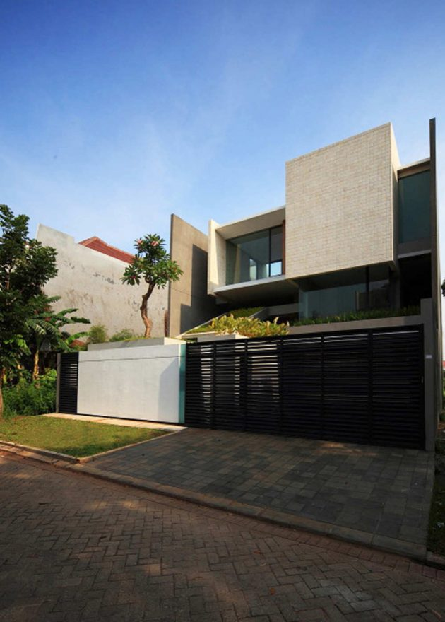 Residencia Tan por Chrystalline Artchitect en Jakarta, Indonesia