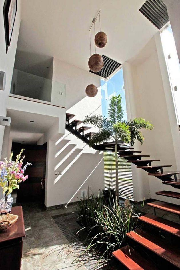 10 jardines debajo de las escaleras y cómo instalarlos