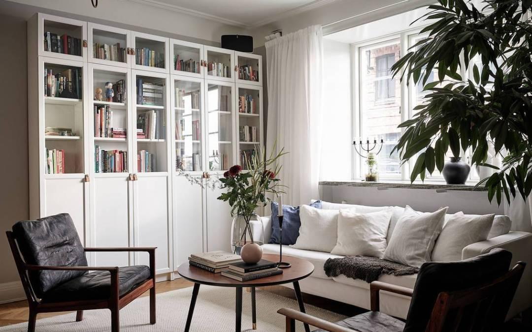 Paredes gris perla y piso de madera para su hogar Sweet Home