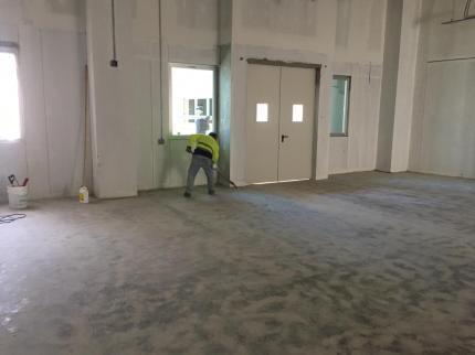 Desbaste de piso luego de resanes