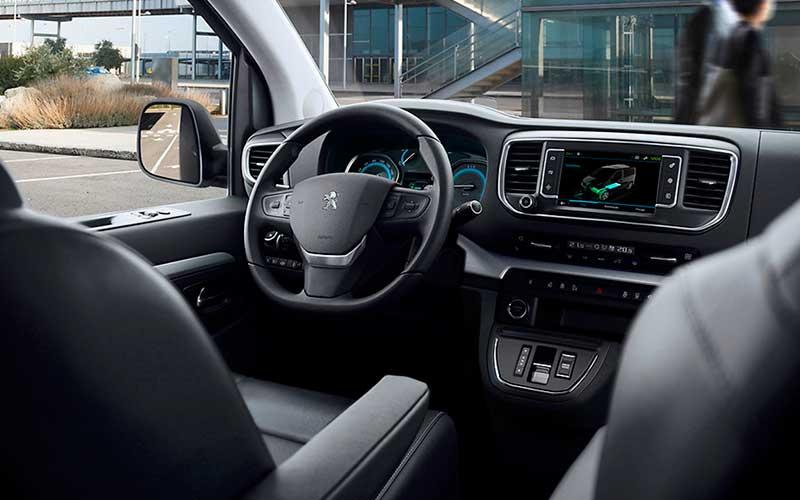 Peugeot-e-Travelle-electrica