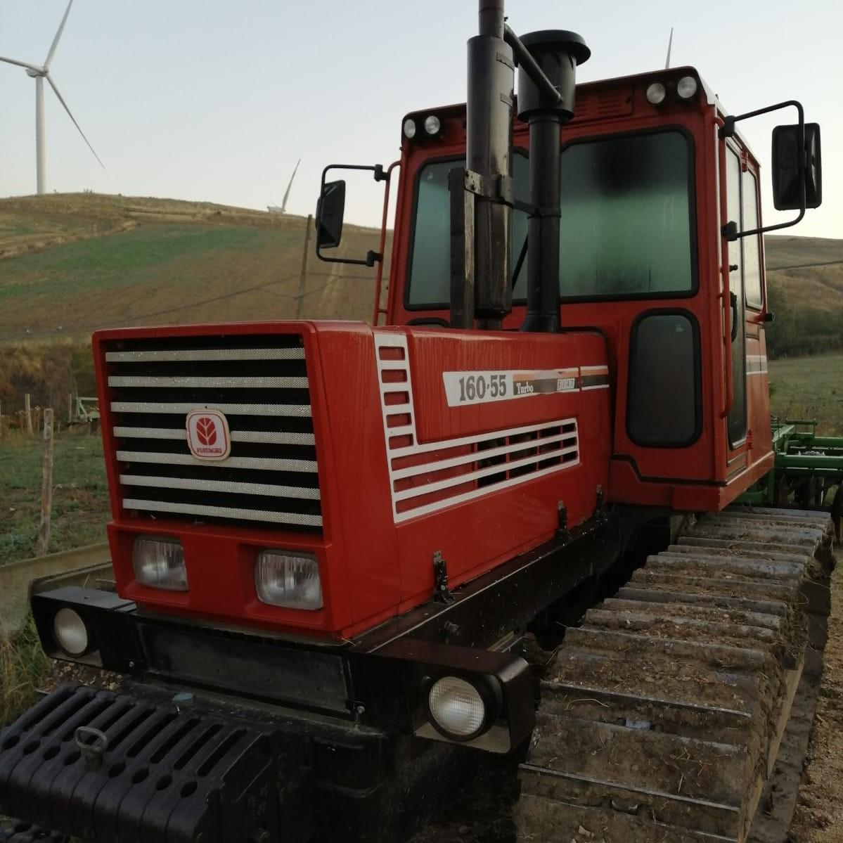 TRATTORE CINGOLATO FIAT AGRI 160 55