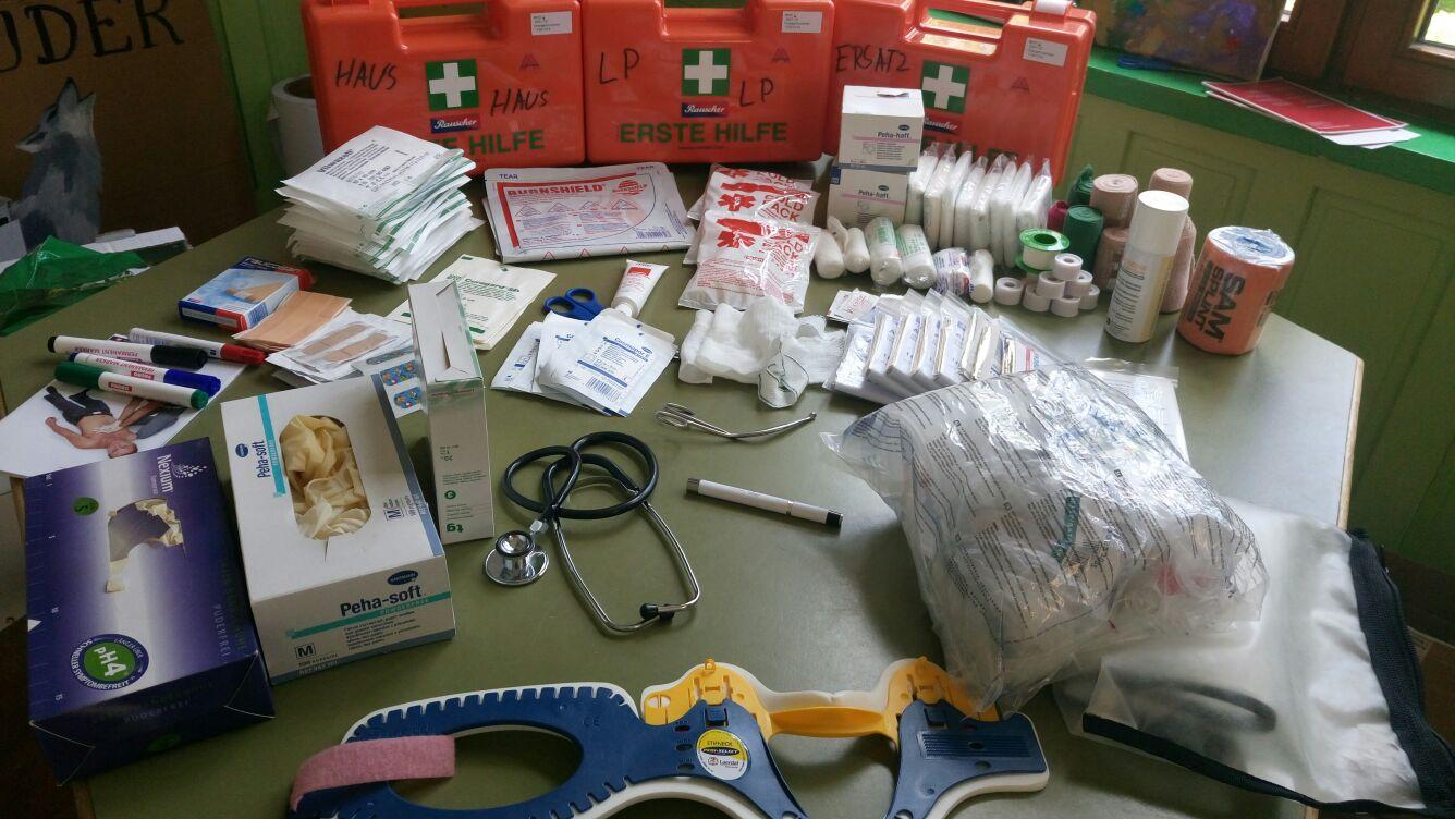 Erste Hilfe Material 🚨🚑 Teil 1/2 check ✅