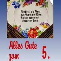 5. Hochzeitstag: Gummihochzeit/Holzhochzeit