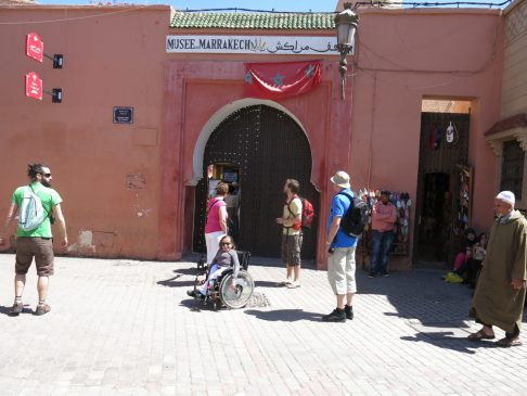 114. Utenfor Marrakesh museum