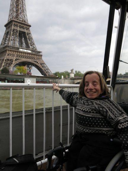 103. Gry har gjensyn med Eiffeltårnet