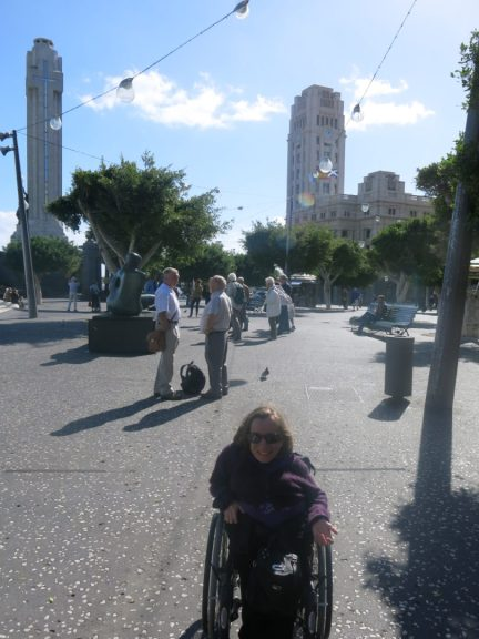 5. Plaza Espana går i ett med Plaza La Candelaria