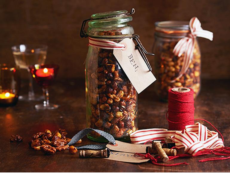 03 Festive Honey Nuts