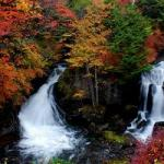 奥日光竜頭の滝の紅葉の見頃と状況、アクセス、駐車場、見所