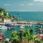 Давутоглу надеется, что туристы из России снова начнут ездить в Турцию