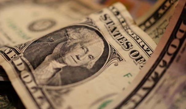 Курс евро падает по отношению к рублю
