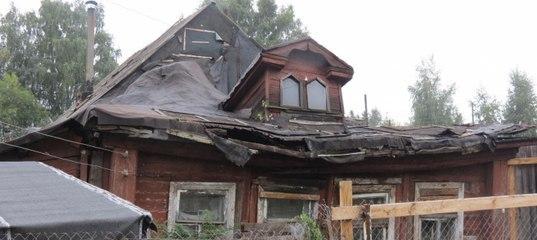 В Нижнем рухнувший дом, где живет больной малыш, не признают аварийным